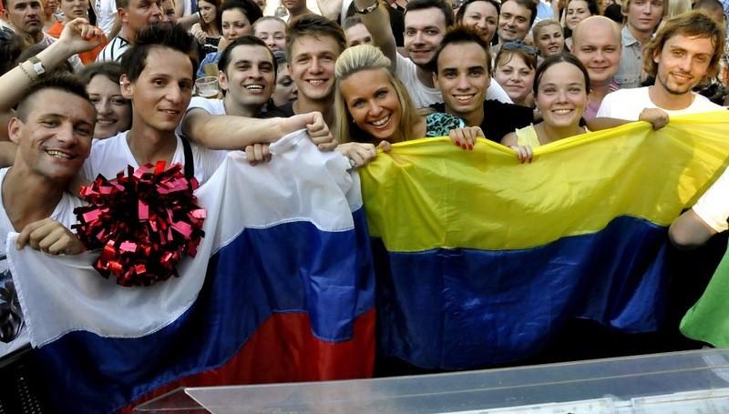 Картинки по запросу коллаж дружба украина и россия