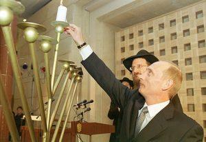 Vladimir_Putin_21_December_2000-2 (1)