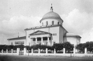 Храм-Вознесения-Господня-«Большое-Вознесение»-в-Сторожах-у-Никитских-ворот-Москва