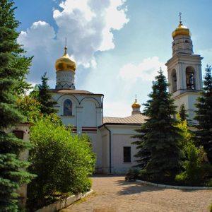 hram-rozhdestva-presvyatoy-bogoroditsy-v-starom-simonove-0